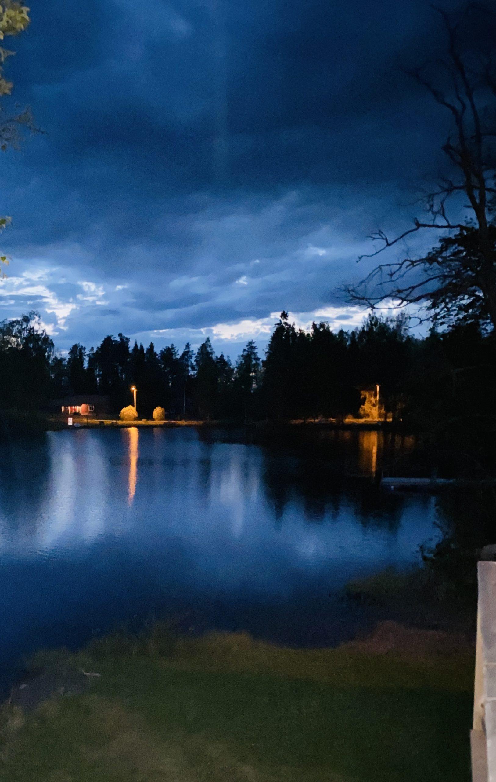 avond blauw